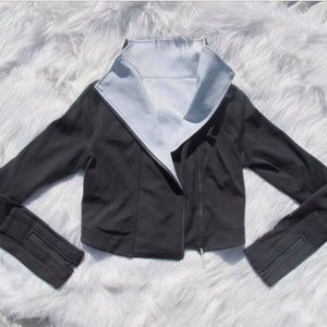 Lululemon 6 crop jacket